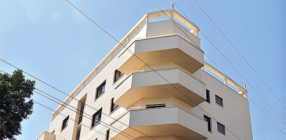 בניין ארלוזורוב רמת גן / צלם: תמר מצפי